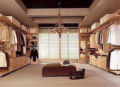 Inspirational  Begehbarer Kleiderschrank u Planen Schranksysteme und Regalsysteme Flache Schuhe Traumschr nke und Zuhause