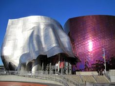 Shiny, blobby Frank Gehry-like museum in Seattle, WA features interactive music and video