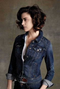 Hottest Short Hairstyles Ideas for 2017 Trends there you will see quantities of stylish layered hair styles, super short hair styles