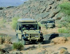 Mercedes G Entdecker  { these African rigs are really set up well }