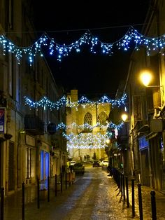 Christmas decorations in Condom, France