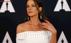 Kate Beckinsale Flaunts Bikini Body While Lounging Poolside