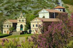 Santuario de la virgen Brezo, en plena montaña palentina, lugar muy concurrido el dia de su fiesta 21 de septiembre.