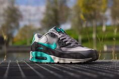 735db3d7ec Best Sneakers : Nike Air Max 90 Essential – Wolf Grey / Hyper Jade – Cool