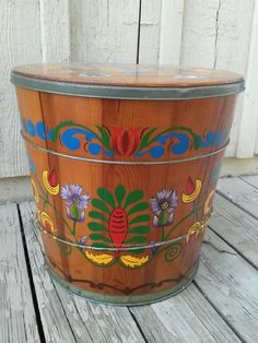 Vintage Wisconsin Butter Tub Co Painted Wooden Butter Tub with Lid #Americana #WisconsinButterTubCo