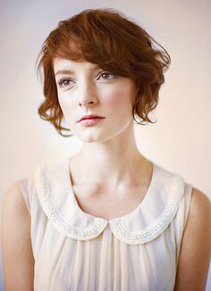 seriously have an obsession with/lesbian crush on this girl. Skins ♥ !