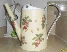 Regaderas con decoupage Easter Parade, Watering Can, Metallica, Kettle, Diy And Crafts, Planters, Canning, Vintage, Blog