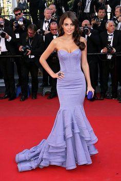 Color dress for brunettes ;)