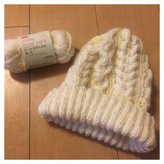 ダイソー ウールヤーンで作るニット帽 Wool Yarn, Knitted Hats, Knit Crochet, Winter Hats, Knitting, Sewing, My Love, Pattern, Handmade
