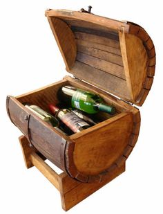 Furniture. Barrel furniture. Barrel Ice chest small size Ice Chest Cooler, Barrel Furniture, Wine Barrels, Hope Chest, Outdoor Ideas, Storage Chest, Pallet, Projects To Try, Woodworking