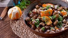 Marruecos. Sopa de caracoles (Ghoulal) - Najat Kaanache - Receta - Canal Cocina