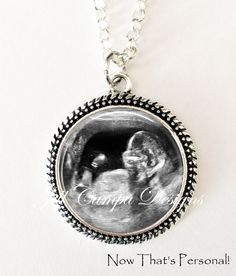 YOUR BABY'S Sonogram Necklace Your baby's por NowThatsPersonal