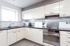 Portico - 2 Bedroom Flat for #sale in #Kensington: Kensington High Street, #W14 - £1,090,000 #property #homeinspiration