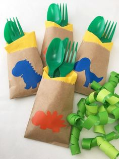 Cutlery Bags - Dinosaur Party - Dinosaur Baby Shower - First Birthday - Prehistoric Party - T Rex - 3rd Birthday Parties, Birthday Party Decorations, Diy Dinosaur Party Decorations, Birthday Ideas, Festa Jurassic Park, Dinosaur First Birthday, Baby Birthday, Dinosaur Party Supplies, T Rex