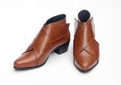 SALE Brown Leather Boots Ankle Boots Brown Leather di KatzAndBirds