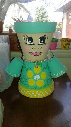 Flower Pot Art, Clay Flower Pots, Clay Pot Crafts, Diy Clay, Clay Pot Lighthouse, Flower Pot People, Clay Pot People, Painted Plant Pots, Summer Crafts For Kids