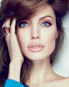 Those lips! #AngelinaJolie