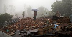 osCurve News: Fearing for Families After Nepal Quake, Thousands ...