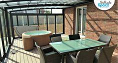 Krásná #vířivka Resort 300+ v zimní zahradě. Více na www.softub-spa.cz #vířivky #Softub  Vířivé bazény na Vaši zahradu či terasu. Celoroční využití, nízká spotřeba, jedinečný design!