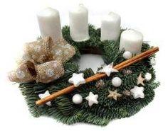 Adventní věnec inspirace Christmas Wreaths, Christmas Decorations, Holiday Decor, To Go, Candle Holders, Crafting, Christmas Decor, Christmas Tables, Christmas Jewelry