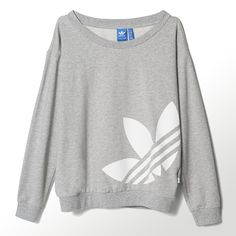 Adidas Women Shoes - adidas Light Logo Sweater - We reveal the news in sneakers for spring summer 2017 Milan Fashion Weeks, New York Fashion, Teen Fashion, Runway Fashion, Fashion Shoes, Fashion Outfits, Sweatshirt Outfit, Crewneck Sweater, Gray Sweater
