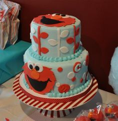 Elmo cake-would also make cute cookie monster cake