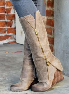 Shop Glamerous Wedge Heels Zipper Knee High Boots on sale at Tidestore with trendy design and good price. Come and find more fashion Knee High Boots here. Look Fashion, Fashion Shoes, Autumn Fashion, Crazy Shoes, Me Too Shoes, Mode Shoes, Over Boots, Cute Boots, Mode Outfits
