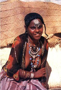 African beauty - the garden of lust - African Tribes African Tribal Girls, Tribal Women, African Women, Zulu Women, Africa Tribes, Africa People, Tribal People, African Diaspora, African Culture