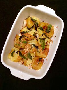 Uudenvuodenvinkki: Jamien parhaat paistetut perunat Zucchini, Menu, Vegetables, Food, Menu Board Design, Essen, Vegetable Recipes, Meals, Yemek