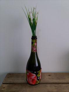 Garrafa decorada com chita( garrafa de espumante)