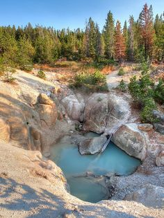 Geyser in a hole, Yellowstone National Park, USA