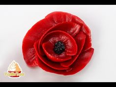How to Make Poppy Flowers with Buttercream Frosting   The Bearfoot Baker - YouTube