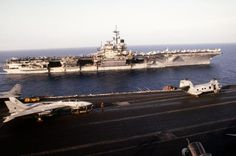 Images of the USS Saratoga Cv-60   The aircraft carrier USS SARATOGA (CV-60), background, steams ...