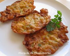 Las Tortillitas de Camarones son típicas de Cádiz. Se hacen con camarones crudos, que son difíciles de encontrar fuera de Andalucía. En ...