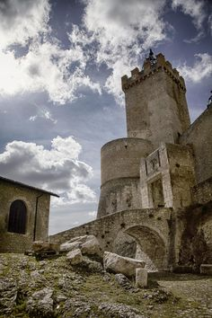 Capestrano Castle by Andrea Mirabilio on 500px