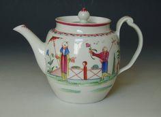 Rare New Hall barrel shape tea pot with clip handle. stock n. 8802