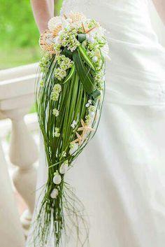 .unusual wedding bouquet unique wedding bouquet