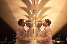 """""""Entre as folhas  de um livro-de-reza  um amor-perfeito cai"""" Guimarães Rosa    www.hevelyngontijo.com.br/blog    ❤️❤️❤️❤️❤️❤️❤️  #love #amor #hevelyngontijo #imagebuzz #fotografiadecasamento #casamento #wedding #amor #happy #goiania #photooftheday #bride #noiva #bridedress #veudenoiva #diywedding #tonoiva #precasamento #princesa #bridal #wedd #anapolis"""