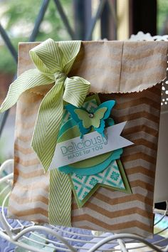 Stampin' Up! Gift Bag and Tag by Kerry T at Stampin'spiration: Pretty Packaging