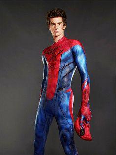 Andrew Garfield as Peter Parker in The Amazing Spiderman Spiderman 4 Movie, Spiderman Hoodie, The Amazing Spiderman 2, Spiderman Pictures, Spiderman Suits, Spiderman Costume, Superhero Movies, Marvel Movies, Geek Chic