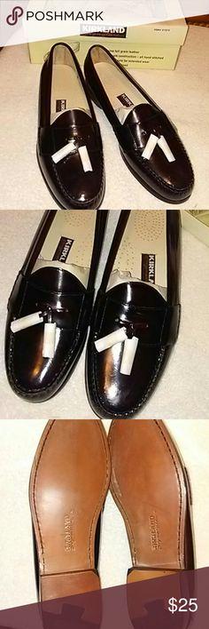 NWB KIRKLAND PINCH TASSEL LOAFER 13D NWB KIRKLAND PINCH TASSEL LOAFER 13D BURGUNDY KIRKLAND  Shoes Loafers & Slip-Ons