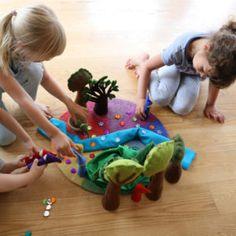 56-10080_Regenbogen-Gnome_04_web Pediatric Ot, Gnome, Kids Rugs, Seasons Kindergarten, Felt Tree, Group, Rain Bow, Felting, Kid Friendly Rugs