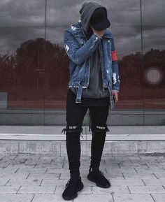 Men's Jeans Embroidery Front Zipper Destroyed High Street Ripped Denim - Men's style, accessories, mens fashion trends 2020 Street Style Jeans, Sneakers Street Style, Stylish Mens Outfits, Outfits For Men, Mens Fashion Outfits, Hipster Outfits Men, Jackets Fashion, Fashion Shirts, Grunge Outfits