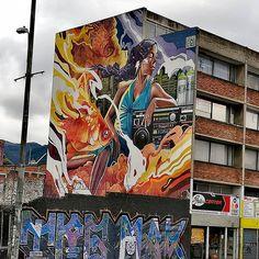 #Bogota me declaró fan tuyo 1 . . . . . . #travel #graffiti #bloggerstyle #lifestyle #latinoamerica #paisajeurbano #capital #blogger #photooftheday #pic #picture #distritocapital #art #arteurbano #urbanart #ilovebogota Graffiti, Times Square, America, Travel, Instagram, Urban Landscape, Urban Art, Viajes, Destinations