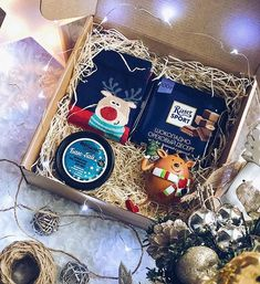 30 Unique Christmas gift box ideas easy and cheap – With Christmas coming,. 30 Unique Christmas gift box ideas easy and cheap – With Christmas coming, are you ready for Kids Gift Baskets, Christmas Gift Baskets, Family Christmas Gifts, Christmas Mood, Holiday Gifts, Cheap Christmas, Christmas Ideas, Diy Gifts For Girlfriend, Diy Gift Box