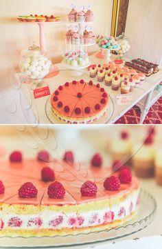 #strawberry #BunBun #cake #senneville #tasty #sweets #coolthings #goodfood #sweetfood #candybar #wedding #mousse #cream #weddingthemes #love #babyshower Wedding Themes, Sweet Recipes, Babyshower, Mousse, Good Food, Strawberry, Tasty, Sweets, Bar