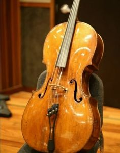300-year-old cello, worth $1m, stolen in California