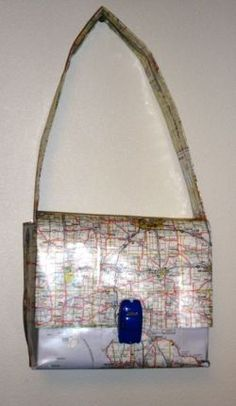 How to Make a Map Purse  @Jan Wilke Hayden Newman     Well I was thinking of a New York City Bag, with the places you went, high-lighted.  Maybe not so much as an actual purse,  but one that would hold your flat paper memorabilia from your Vacation.