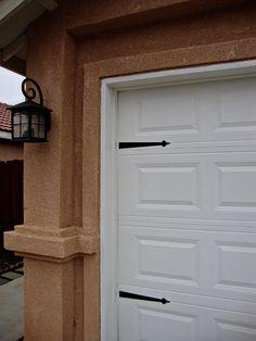 Hinges to update your Garage door
