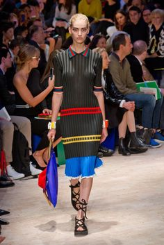 Celine Spring 2014 Runway Show   Paris Fashion Week